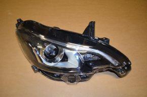 Ligier JS50 Scheinwerfer rechts